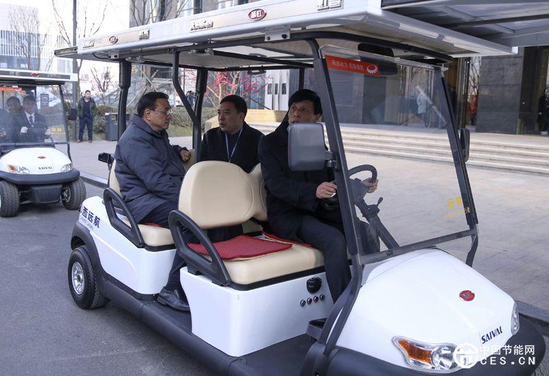 李克强总理赞太阳能电动车创新之道